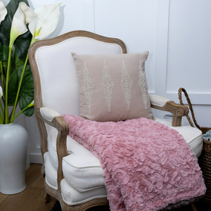 Cosy Blankets & Throws