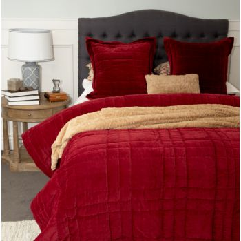 Hand Quilted Lush Comforter