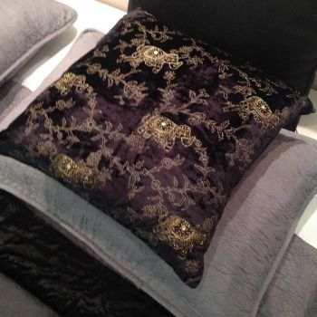 Velour Imperial Pre Filled Cushion